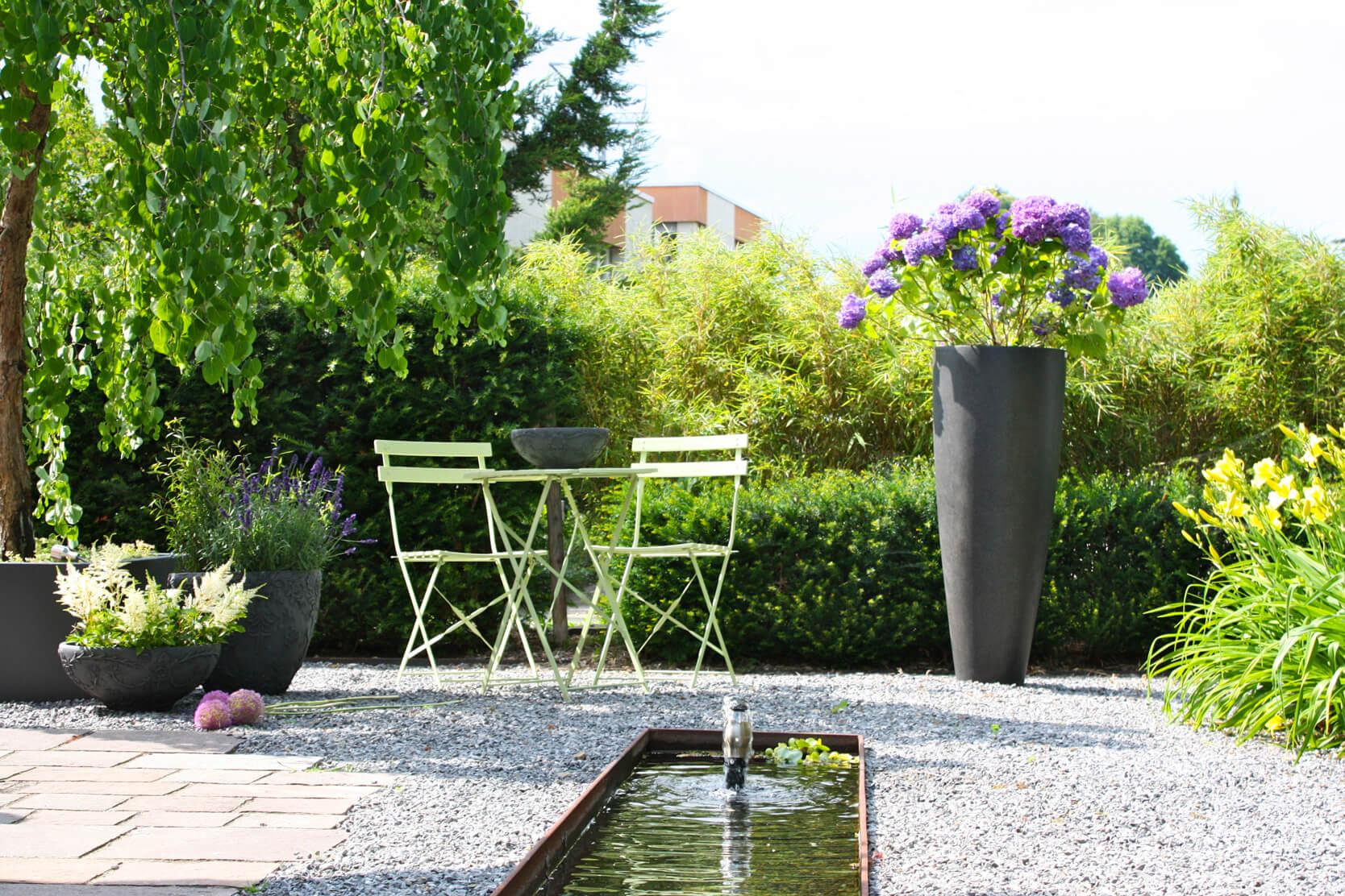 Pflegeleichter Garten Mit Brunnen Zurich Gartengestaltung