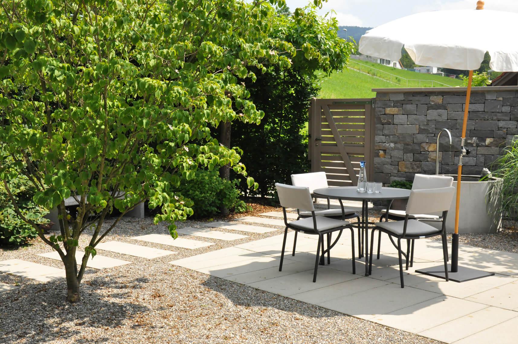 Garten mit weitblick parc 39 s gartengestaltung rapperswil - Gartengestaltung brunnen ...
