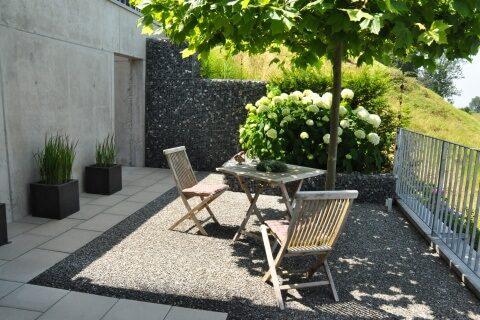 Referenz terrassen gestalten parc 39 s for Kleine kuche mit sitzplatz