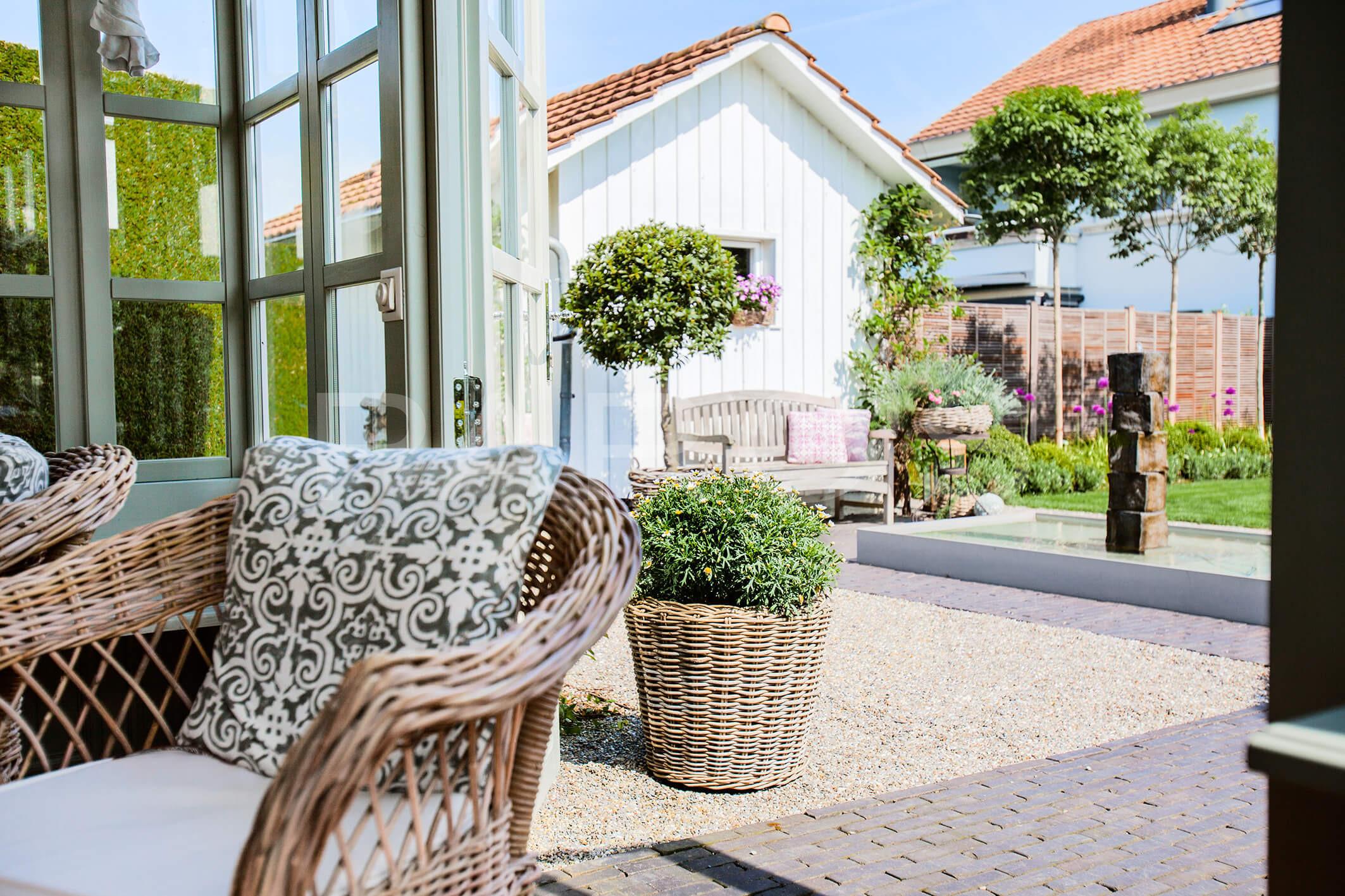 belgisch englischer gartenstil parc 39 s gartengestaltung. Black Bedroom Furniture Sets. Home Design Ideas