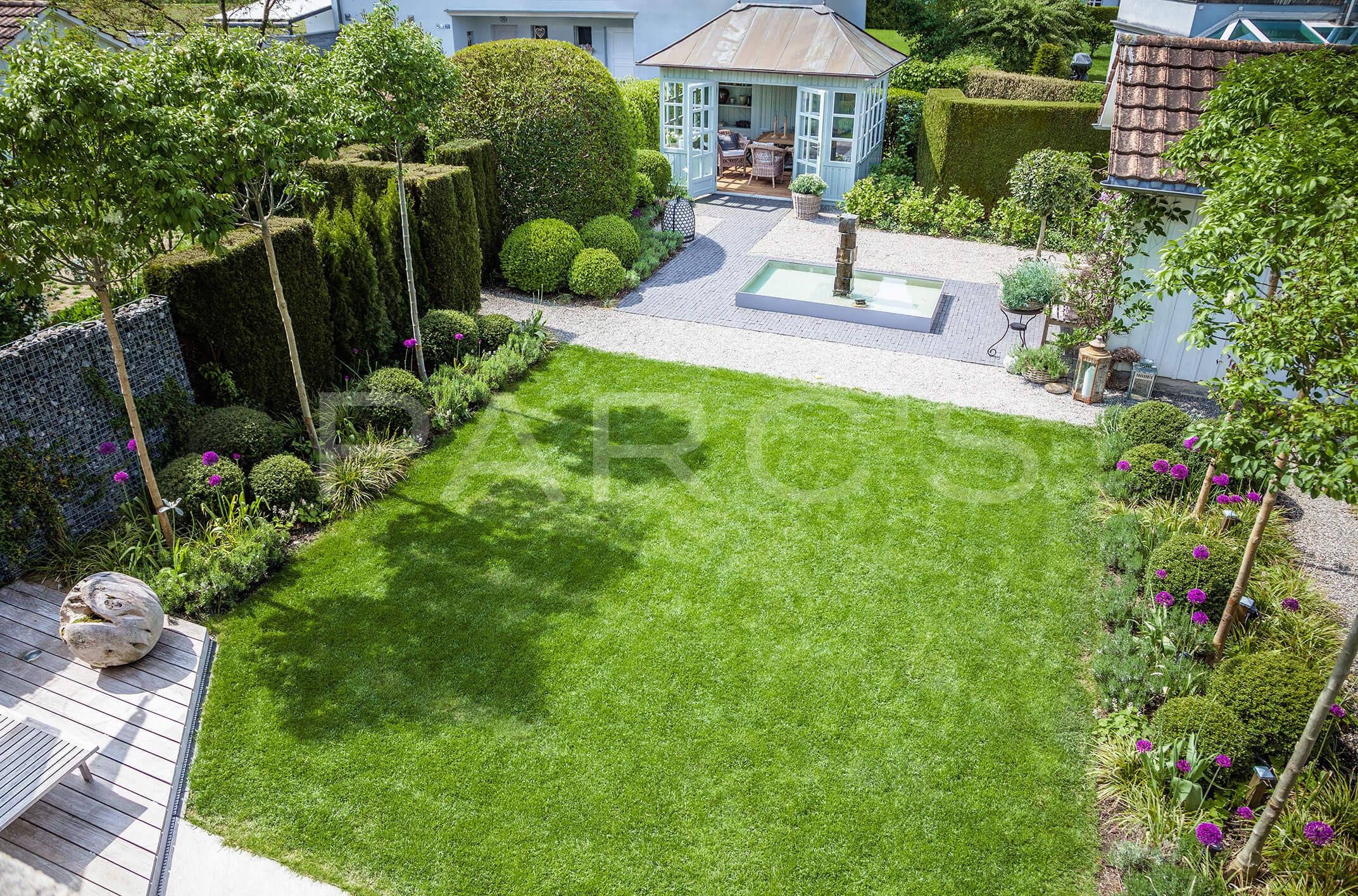 Belgisch englischer gartenstil parc 39 s gartengestaltung for Gartengestaltung 150 qm