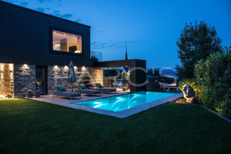 Moderne Gartengestaltung Zurich Swimming Pool 12