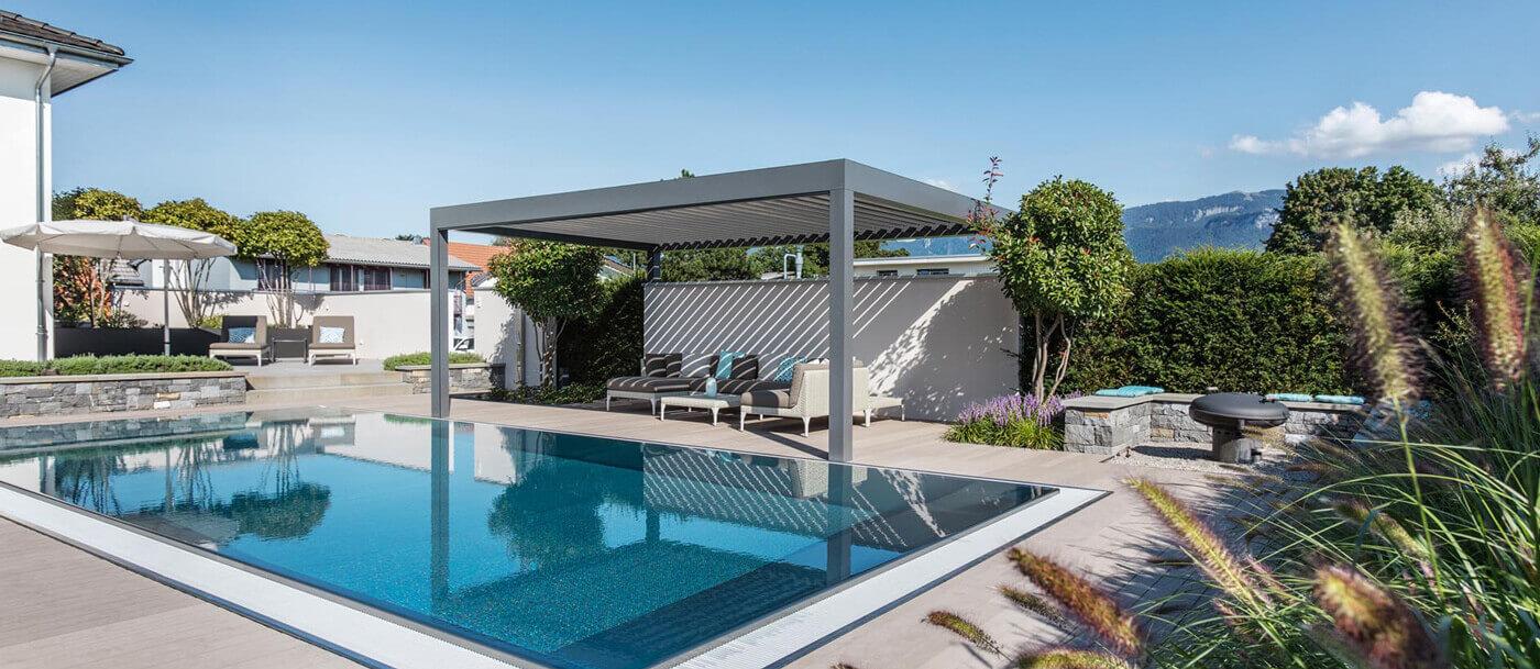 Wohnlicher garten mit pool parc 39 s gartengestaltung - Gartengestaltung mit pool ...
