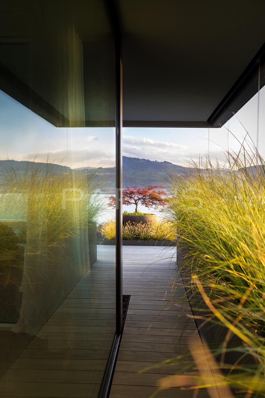 Elegante terrassengestaltung parc 39 s gartengestaltung gmbh for Terrassengestaltung modern