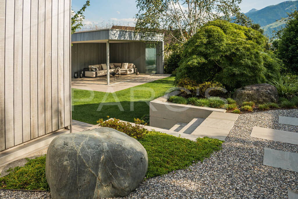 gartengestaltung-einfamilienhaus-mit-pavillon-3