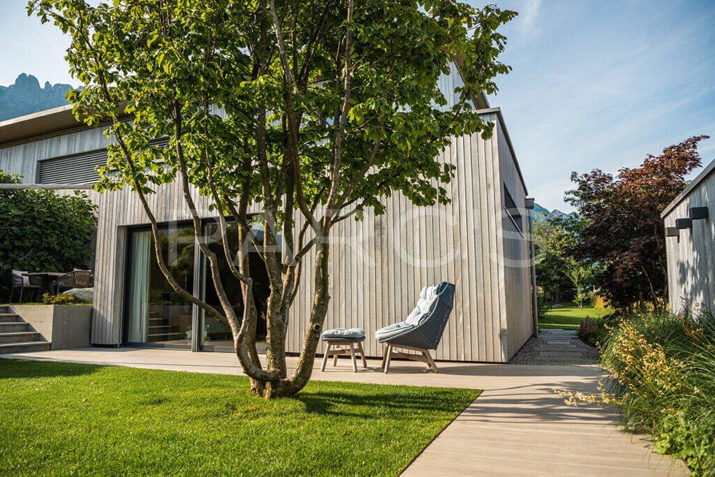 gartengestaltung-einfamilienhaus-mit-pavillon-5